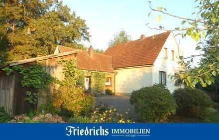 Modernisierungsbedürftiges Wohnhaus auf großem Grundstück in Edewecht-Jeddeloh I / alternativ Baupl.