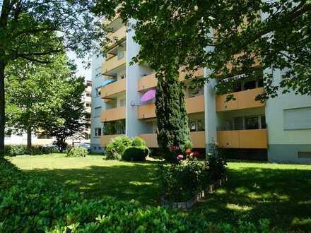 Vermietetes Appartement mit Balkon und Stellplatz