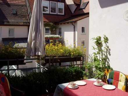 Ansprechende 2-Raum-Wohnung mit EBK und Balkon in Wertheim