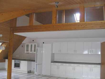 3-Zimmer-Maisonette-Wohnung mit EBK in Langen, Oberlinden