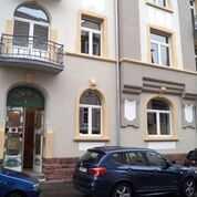 sehr schöne 5-Zimmer-Wohnung in denkmalgeschütztem Haus