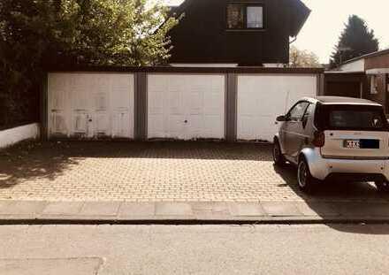 GROSSE EINZELGARAGE in 50374 Erftstadt Kierdorf f. PKW/MOTORRAD/QUAD/OLDTIMER/SPORTWAGEN/HARLEY USW.