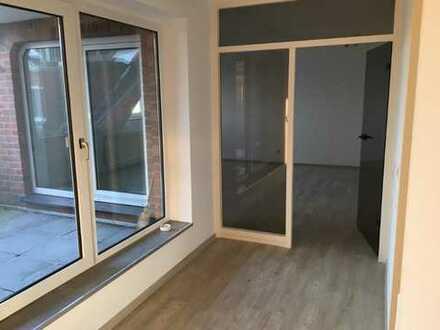 Preiswerte, vollständig renovierte 3-Zimmer-Dachgeschosswohnung mit ruhiger Loggia in Meppen