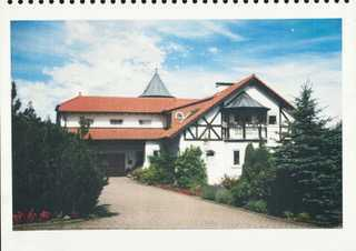 Exclusive Dachgeschosswohnung mit Saune und Turmzimmer