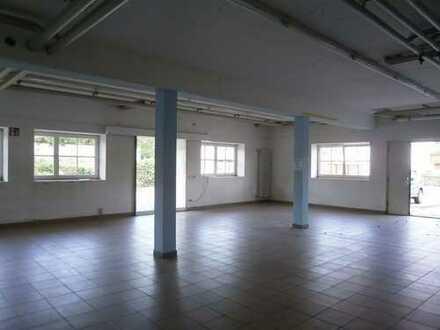 Vielseitig nutzbare Halle, nahe Memminger Kreuz A 7 / A 96 zu vermieten