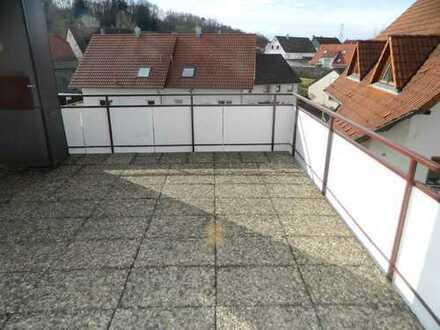 4 Zimmer Wohnung mit große Terrasse