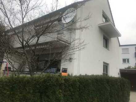Schöne Doppelhaushälfte in Bernhausen-Filderstadt