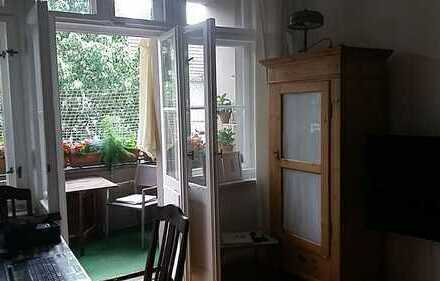 Befristet/ ansprechende 3,5-Zi-Wohnung, 4.OG, hochwertige EK und SW Balkon in Neukölln (keine WG!)