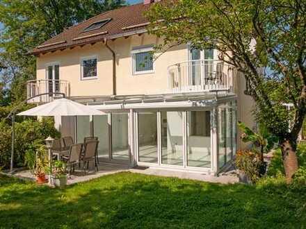Schönes, geräumiges Haus mit fünf Zimmern in begehrter Lage in Germering