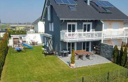 Wunderschöne Luxus Doppelhaushälfte in Maisach von Privat