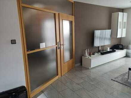 Sehr schöne 3,5-Zimmer-Maisonette-Wohnung mit Balkon und EBK in Ostfildern-Nellingen