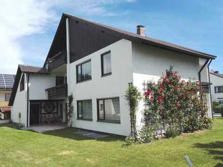 Freundliches und gepflegtes 8-Zimmer-Einfamilienhaus zur Miete in Stadtbergen, Stadtbergen