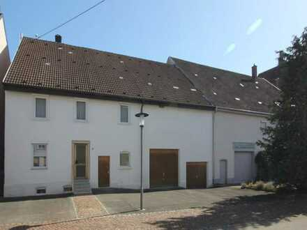 Ehemaliges Bauernhaus mit Ausbaupotential