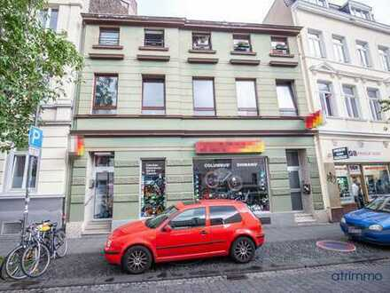 Solides Mehrfamilienhaus + Ausbaureserve + Baugrundstück im Herzen der Bonner Altstadt in Uninähe!