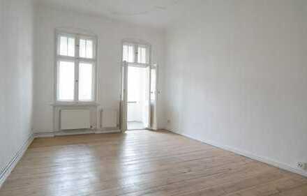 Bild_2 Zimmer Wohnung mit Dielenboden und Balkon - frei ab sofort