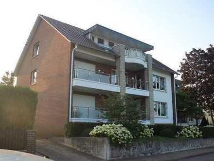 Panoramablick inklusive: Zwei hochwertige 3-Familienhäuser in bester Lage von Fischbeck!