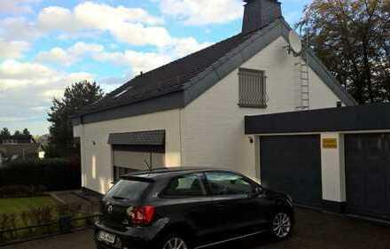 Schönes, geräumiges Haus mit sieben Zimmern in Ennepe-Ruhr-Kreis, Schwelm