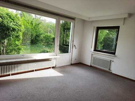 Sonnige 2-Zimmer-Erdgeschosswohnung mit Terrasse und Einbauküche in Kirchheim - Nabern