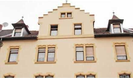 Gemütliche 2-Zimmer Dachwohnung in zentraler Lage