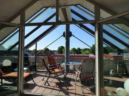 Moderne, exklusive Dachgeschoss-Eigentumswohnung