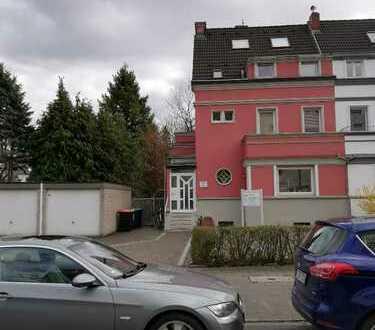 3-Zimmer-Wohnung mit alleiniger Gartennutzung direkt am Klettenbergpark