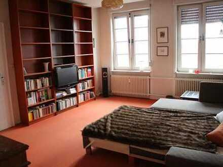 Komfortable 2er-WG in 100 m2 Wohnung