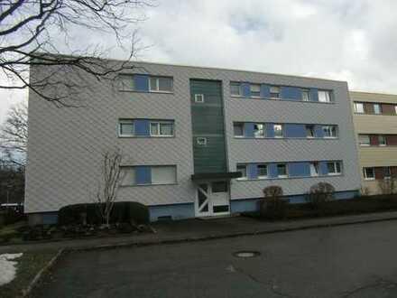 Attraktive 3 Zimmerwohnung mit Balkon und Garage in gepflegter Wohneinheit