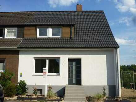 Modernisiertes Einfamilienreihenendhaus mit Garten in Dortmund-Berghofen zu verkaufen