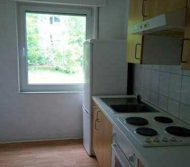 Möbliert und renoviert mit Küche