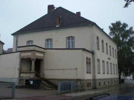 Attraktiver Wohn- und Bürogebäude in Oederan