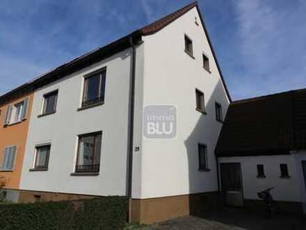 Ruhige Wohnlage, 2 WE, Balkone, Terrasse, Garten....
