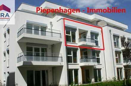 Bild_Balkon - Einbauküche - Aufzug - barrierefrei!