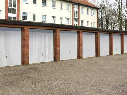 *Provisionsfrei* Garagenhof mit 38 Einzelgaragen in Brake zu erwerben