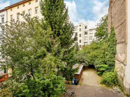 Baugrundstück für einen Neubau in unmittelbarer Nähe zum Paul-Linke-Ufer – in Bestlage von Kreuzberg