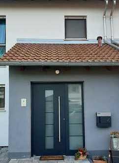 von privat - Schönes Reihenmittelhaus gesuchte Wohnlage in Heppenheim Nordstadt