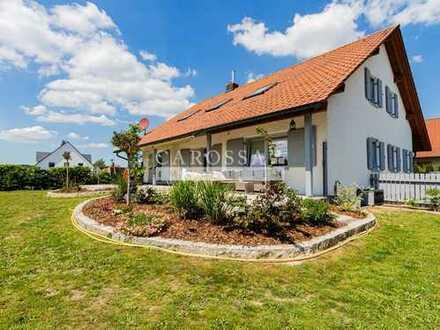 **Neu** Gepflegtes und großzügiges Einfamilienhaus mit tollem Garten