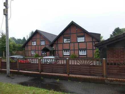 Ruhige 4-Raum-Wohnung mit Einbauküche und Terrasse in Rheinsberg
