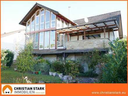 Gemütliches Einfamilienhaus in Aussichtslage von Schweppenhausen.