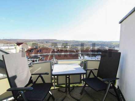 Bezugsfreie 4 1/2-Zimmer-Galeriewohnung mit Balkon in bester Aussichtslage