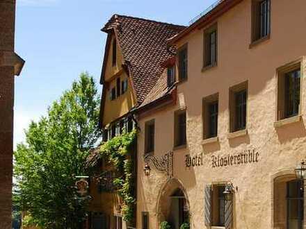 Charmantes Hotel mit Restaurant und Cocktaillounge - Ladengeschäft und Wohnungen in Rothenburg o/T