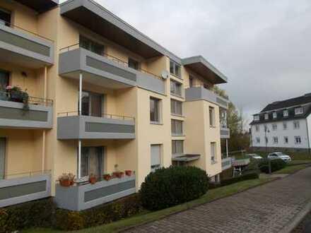 Günstige, sanierte 5-Zimmer-Wohnung mit 2 Balkonen in Simmern, Rhein-Hunsrück-Kreis