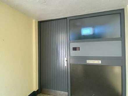 Stilvolle, vollständig renovierte 3-Zimmer-Wohnung mit Balkon und Einbauküche in 53340, Meckenheim