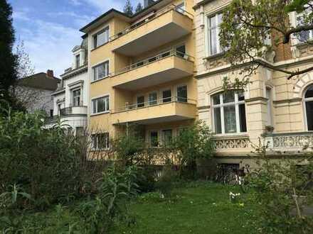 Helle 2 Zimmer Wohnung mit Sonnenbalkon Musikerviertel