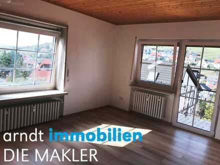 Attraktive Wohnung mit Balkon- frisch renoviert!