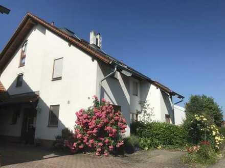 Rruhig gelegenes, geräumiges Haus mit fünf einhalb Zimmern in Efringen-Kirchen