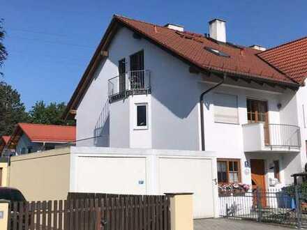 Reiheneckhaus mit sechs Zimmern in München, Aubing