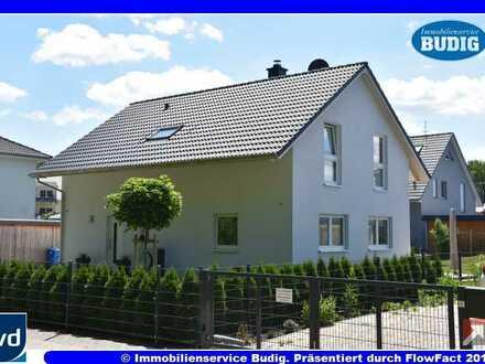 Familienfreundliches Niedrigenergiehaus mit fünf Zimmern