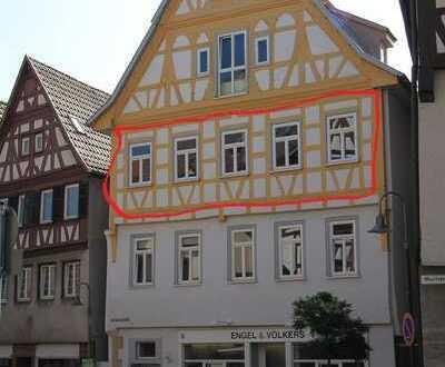Stilvolle, gepflegte 4-Zimmer-Wohnung mit Einbauküche in Leonberg OHNE MAKLER !!!