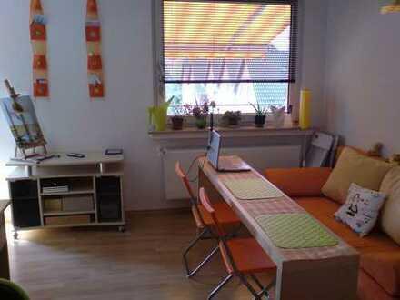 Gepflegte 1-Zimmer-Wohnung mit Balkon und Einbauküche in Hattingen