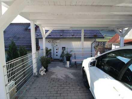 Vollständig renovierte 3-Zimmer-Maisonette-Wohnung mit Dachterrasse und Einbauküche in Horb-Rexingen